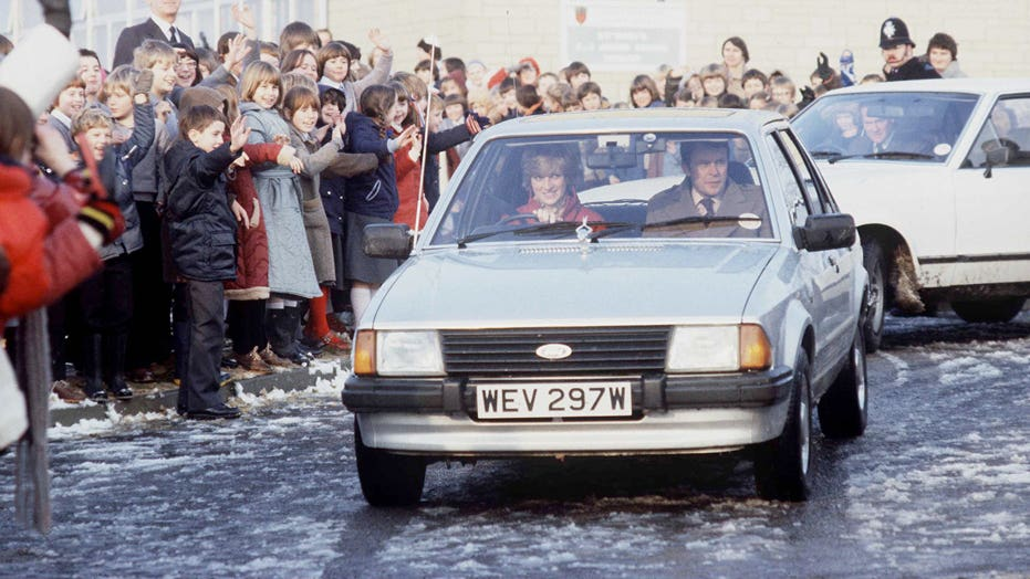 Princess Diana's 1981 Ford Escort auctioned for $  65,000
