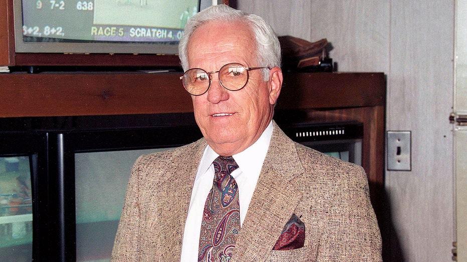 Sam Boulmetis Sr., Hall of Fame New Jersey rider, dies at 94