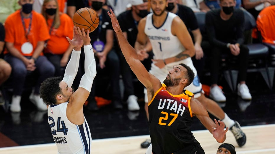 Jazz advance to 2nd round, beating Grizzlies in Game 5