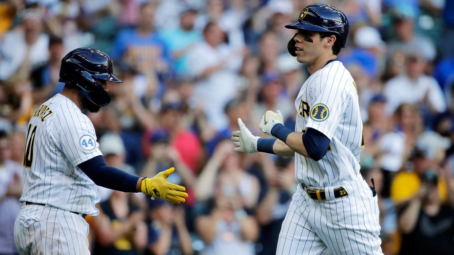 Yelich, Narváez HR, Brews hand D-backs 16th road loss in row