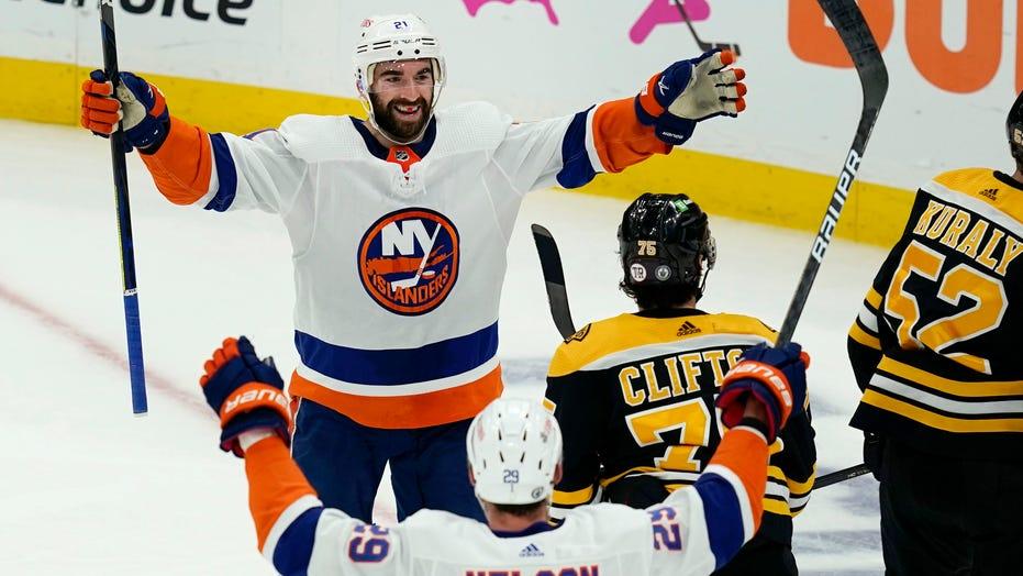 Islanders win 5-4 to take 3-2 lead in series over Bruins