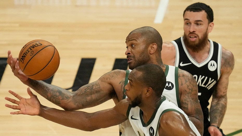 Bucks tie series with 107-96 Game 4 win as Nets lose Irving