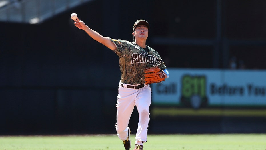 Padres beat Reds 3-2 behind Myers, Lamet, for 4-game sweep