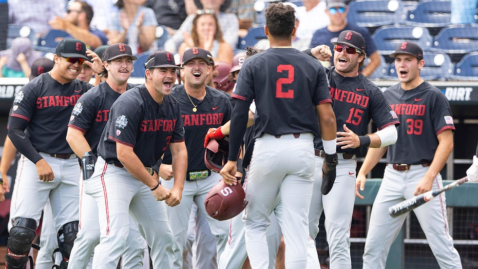Hot-hitting Stanford sends Arizona packing with 14-5 CWS win