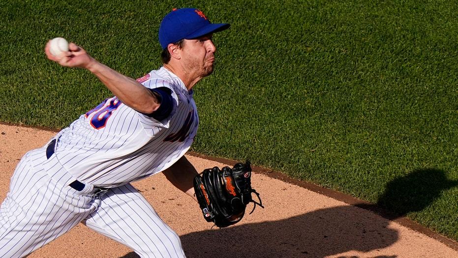DeGrom dominates after shoulder scare, Mets beat Braves 4-2