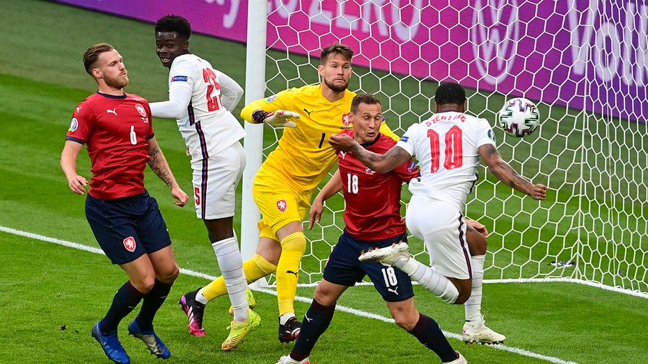 Sterling savior again: England beats Czechs at Euro 2020