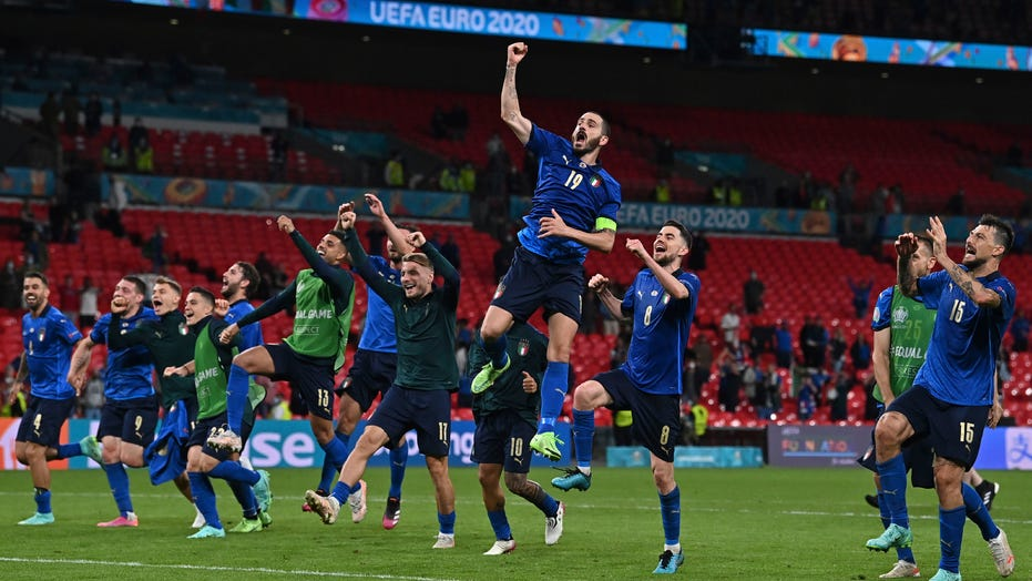 Subs give Italy 2-1 win over Austria, spot in Euro 2020 QFs