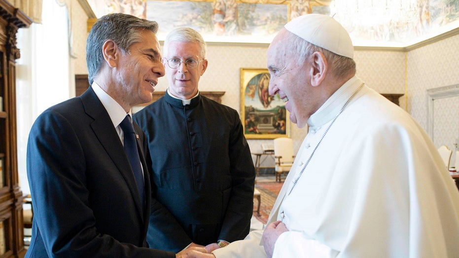 Pope voices 'affection' for Americans as he meets Blinken