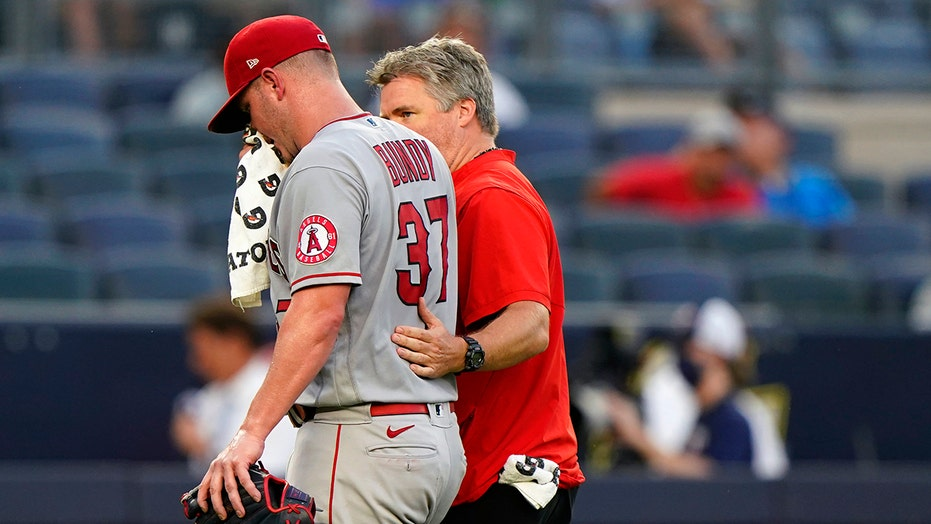 Angels' Dylan Bundy vomits during start at Yankee Stadium, leaves game
