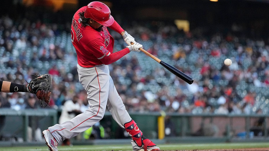 Rendon drives in 5 runs, Angels beat Giants 8-1