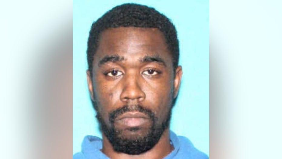 FBI seeking Kentucky fugitive after gunfire exchange