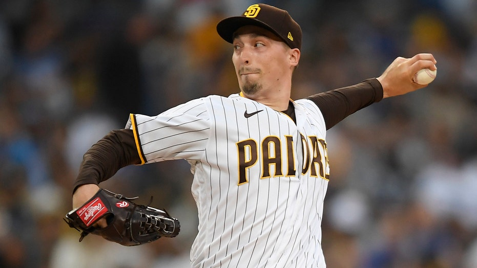 Snell pitches 5 scoreless innings, Padres beat Dodgers 3-2