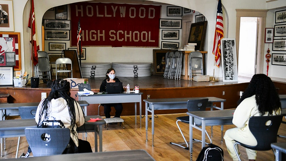 Los Angeles school board to vote on union COVID demands, includes masks, testing regardless of vaccine status
