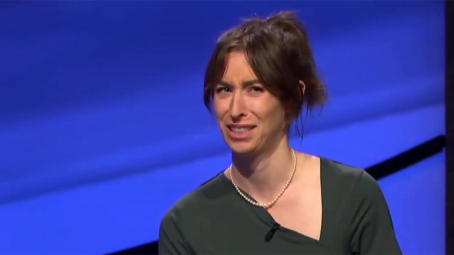 'Jeopardy!' contestant goes viral for 'goofy' facial expressions throughout show