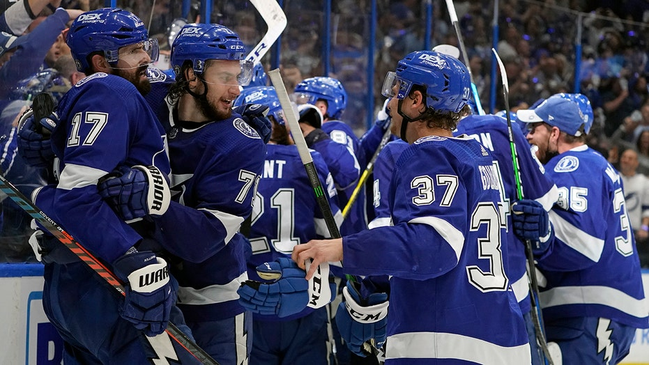 Lightning back in Stanley Cup Final thanks to Yanni Gourde, Andrei Vasilevskiy