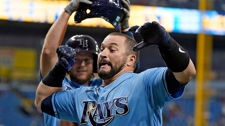 Rays stop 7-game skid, beat AL East-leading Red Sox 8-2