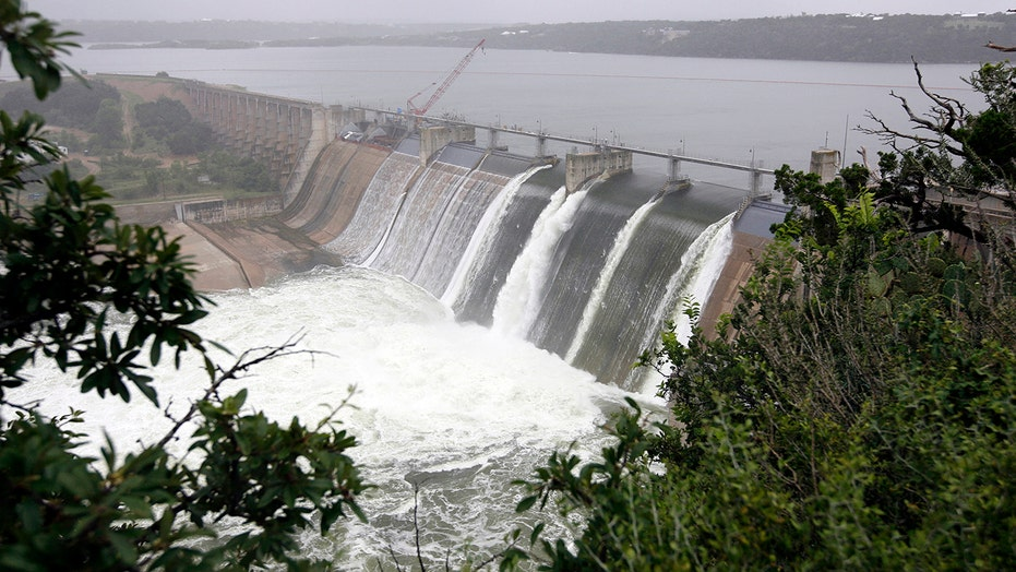 Excessive rainfall forces Texas dam opening, voluntary evacuations