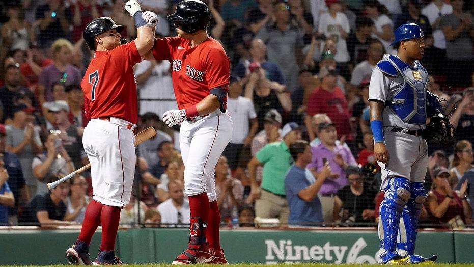 レンフロエホーマーズ2回, Red Sox rally to beat Royals 6-5