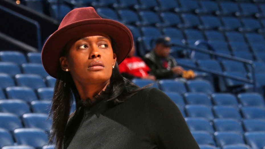 Swin Cash's apparent displeasure goes viral after Pelicans get 10th pick in draft