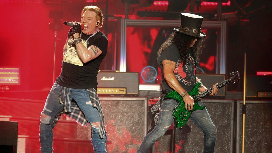 Guns N' Roses, Foo Fighters returning to the stage