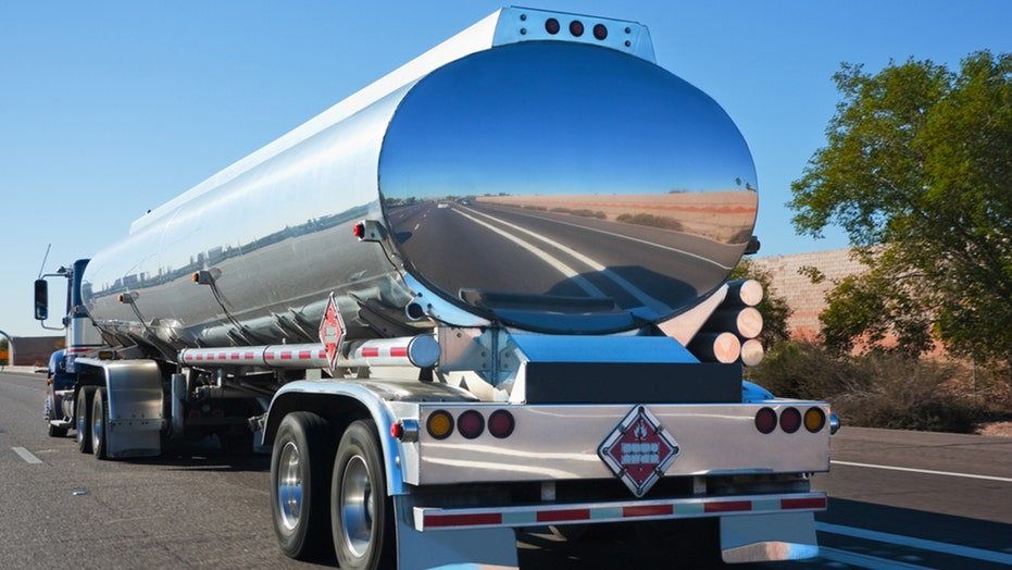 Illinois man's body found in fuel tanker hauled by truck: reports
