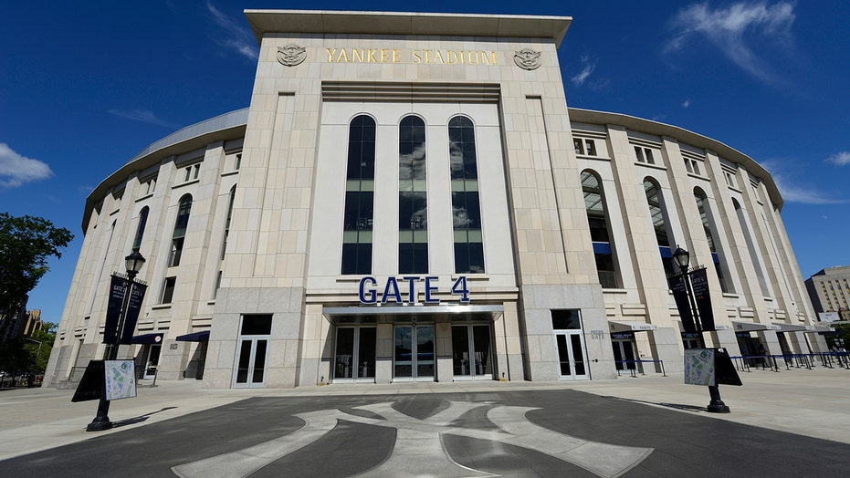 MLB fan gets blasted by security guard after running onto field at Yankee Stadium