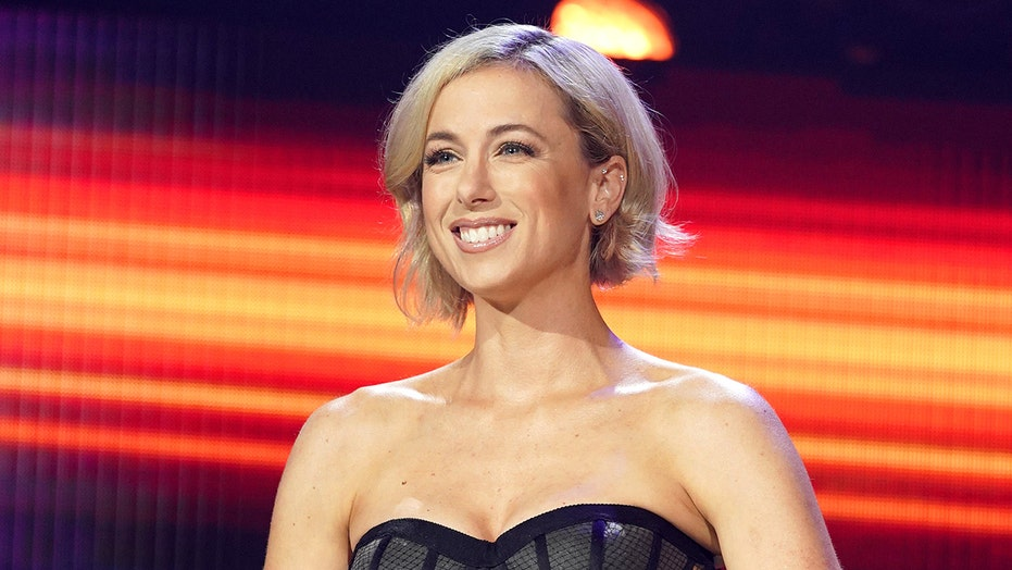 Iliza Shlesinger talks uphill battle as female stand-up comic: 'This career is not promised'