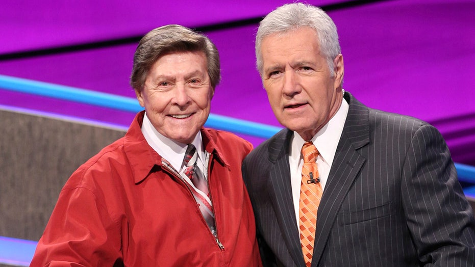 Johnny Gilbert, the voice of 'Jeopardy!', discusses long tenure on game show at age 92