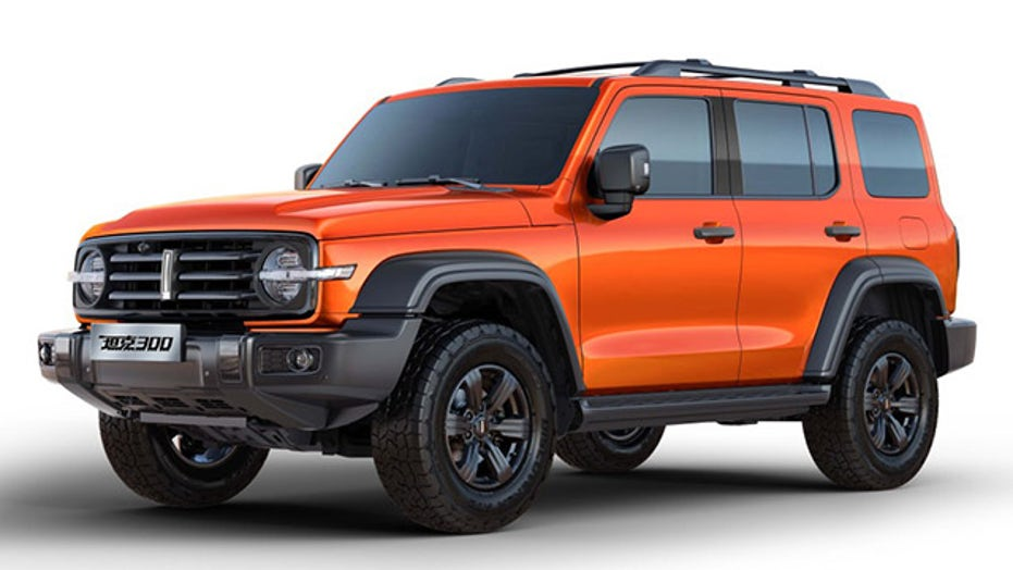 China's Haval Tank 300 SUV copies Ford Bronco and Mercedes-Benz G-Class