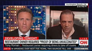 Restaurant owner calls out Chris Cuomo to his face for breaking COVID protocol