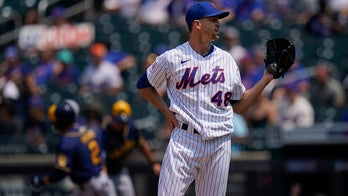 DeGrom's ERA rises above 1.00 as Mets beat Brewers 4-3