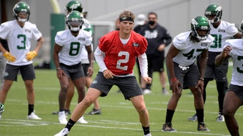 Jets give QB Wilson 4-year, $35.15 million deal