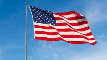 Oregon teacher removes American flag from classroom, says it 'stands for violence and menace and intolerance'