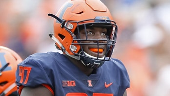 Former Illinois football star Bobby Roundtree dies at 23, two years after being paralyzed in swimming accident