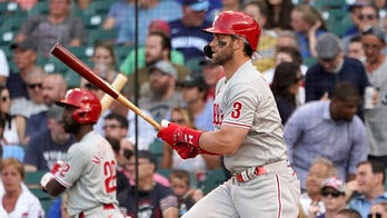 Harper leads way as Phillies hand Cubs 11th straight loss