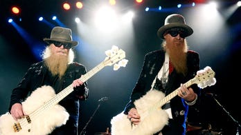 Kid Rock honors late ZZ Top bassist Dusty Hill: 'Rock n roll never forgets'