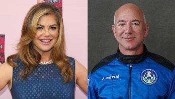 Actress Kristen Johnston slams Jeff Bezos' spaceman showmanship amid Blue Origin liftoff, return