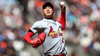 Kim pitches Cardinals past Giants, St. Louis gets to Gausman