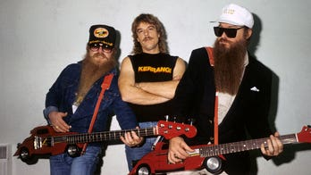 ZZ Top performs first concert without Dusty Hill following his sudden death at 72 years old