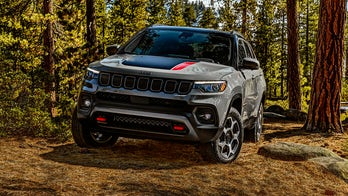 Semi-autonomous 2022 Jeep Compass debuts with new tech and luxury