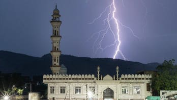 Lightning strike in India kills 18 people taking selfies at 12th-century tower