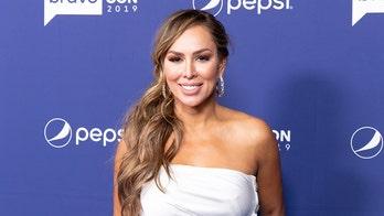 Former 'Housewives' star Kelly Dodd posts apology after making transphobic comments