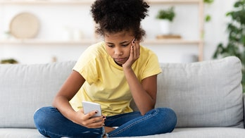 Teen loneliness increased alongside emergence of smartphones, study suggests