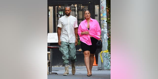 Ashley Graham and her husband Justin Ervin took a walk through New York City two days after the supermodel announced she's expecting baby no. 2.