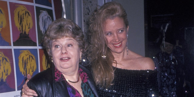 Shelly Winters (left) and Sally Kirkland remained close pals until Winters' death in 2006.