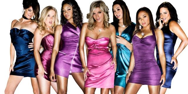 The case of 'Bad Girls Club' Season 3 从 (l-r): 惠特尼·科林斯, Amber Meade, Kayla Carter, Amber Buell, Ailea Carr, Tiffany Davis, Sarah Frittitta