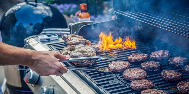Log what you eat, drink lots of water and more tips to get back on track after indugling during in a summer holiday barbecue. (iStock).