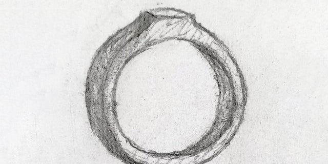 Jenny Urquhart's sketch of the ring.