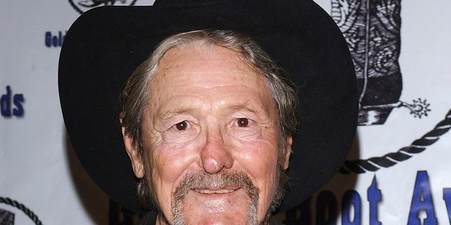 'Laredo' star William Smith died on Monday at the age of 88.