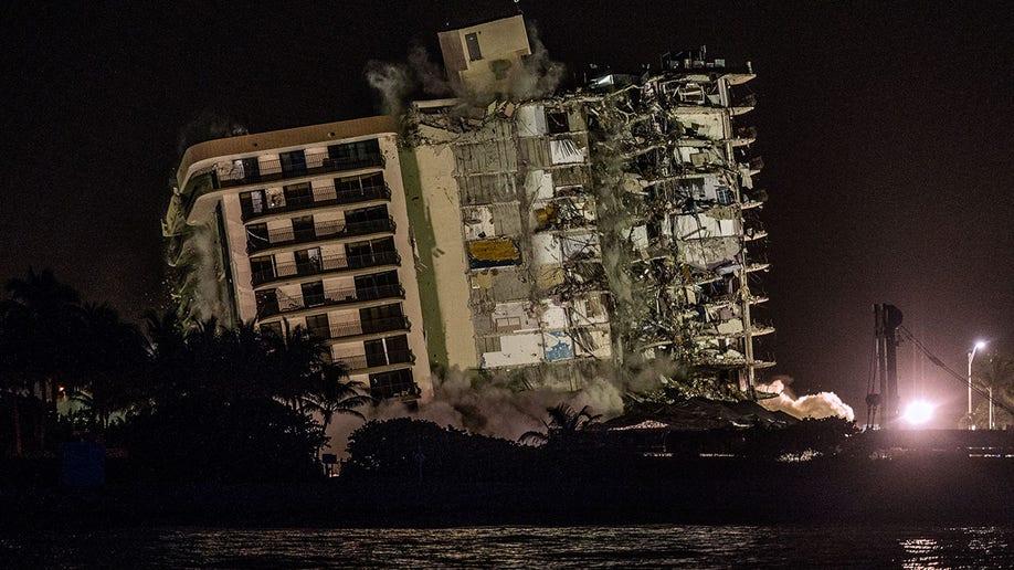 surfside, miami, demolition